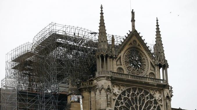 Nastavljeni radovi na obnovi katedrale Notr Dam 2