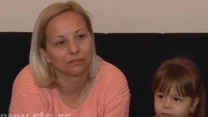 Samohranoj majci nije obezbeđen alternativni smeštaj 1