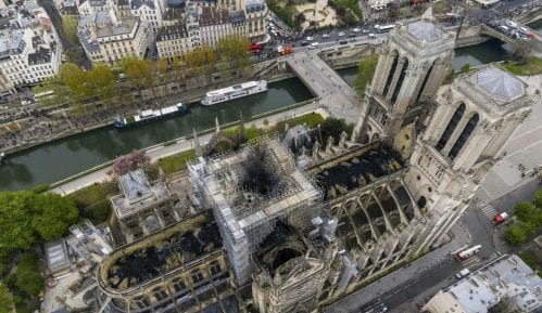 Olovo sa Notr Dama nije opasno po zdravlje Parižana 1