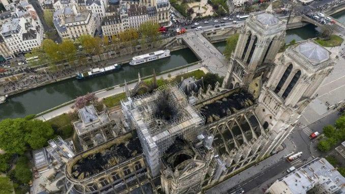 Francuska istraga: Požar u Notr Damu nije bio podmetnut 1