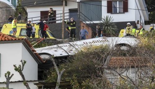 Turistički autobus sleteo s puta na Madeiri, poginulo 28 osoba 5