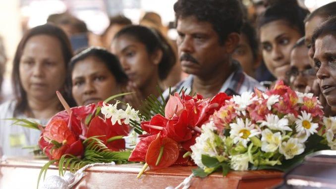 Ministarstvo zdravlja Šri Lanke: U bombaškim napadima poginulo 253 osobe 1