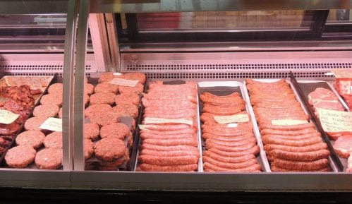 Prete da će spaliti obdaništa zbog skidanja svinjetine sa jelovnika u Lajpcigu 5