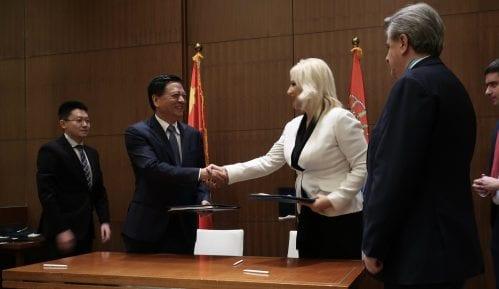 Potpisano više sporazuma o saradnji Srbije i Kine u oblasti drumskog i železničkog saobraćaja 10