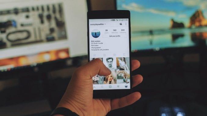 Fejsbuk prvi put zabeležio pad u Srbiji, Instagram i Snapchat u porastu 4