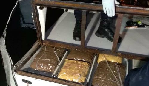 MUP: Zaplenjeno 340 kg marihuane na Batrovcima 2