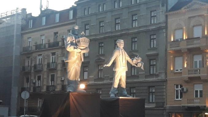 Protest NDBG: Spomenici vizionarima destrukcije Vesiću i Malom kao opomena (VIDEO) 3