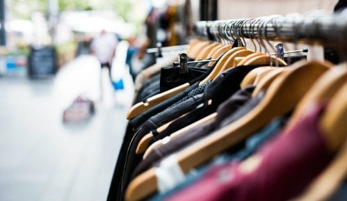 Zaplenjena tona falsifikovane garderobe na granici sa Bugarskom 5