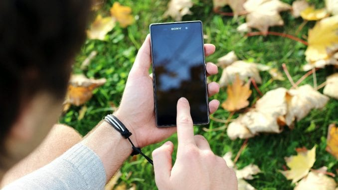 Smartfoni ugrožavaju ljudska prava? 1
