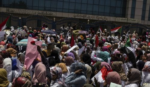 U Sudanu nastavljeni protesti ispred Generalštaba vojske 7