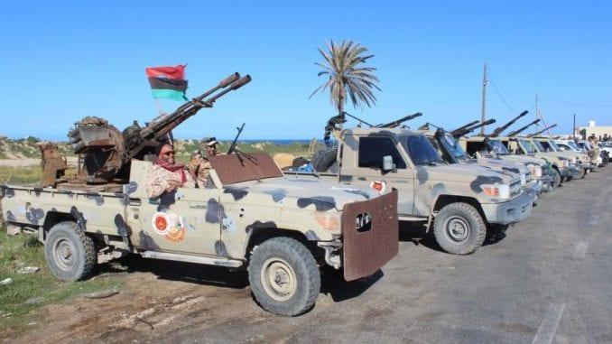 Evropska unija evakuisala misiju iz Tripolija, poziva na prekid sukoba 4