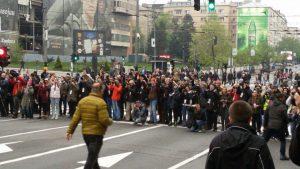 """Procena opozicije - 35.000 ljudi na protestu """"1 od 5 miliona"""" (FOTO, VIDEO) 8"""