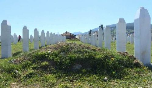 U Vlasenici sahranjeni posmrtni ostaci 17 žrtava s početka rata u BIH 5
