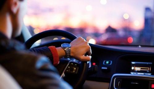 AMSS: Oprezna vožnja, izbegavati putovanje u najtoplijem delu dana 14