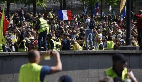 Više od 250 uhapšenih u Parizu na protestu Žutih prsluka 5