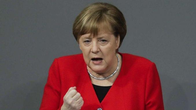 Merkel: I dalje postoje  šanse za sporazum o Bregzitu 1