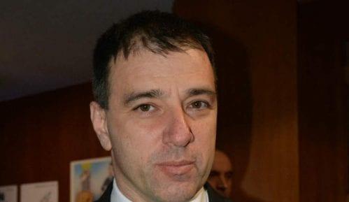 Paunović: Preklapanje interesa SNS i profesionalnih poslanika DS 13