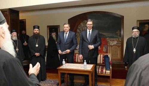 Deo vladika protiv Vučićevog pokušaja stvaranja partijske Crkve 5