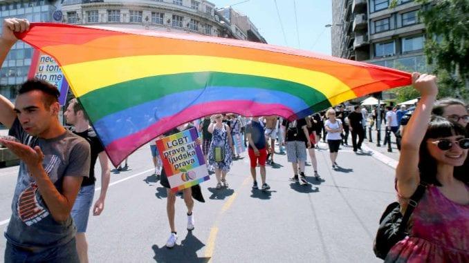 Diskriminacije LGBT osoba u udžbenicima više neće biti 1