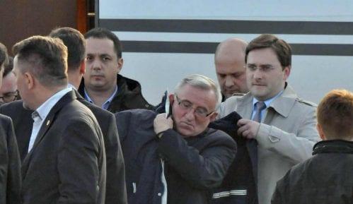 Osuđeni ratni zločinac general Lazarević na čelu zvanične parade 3