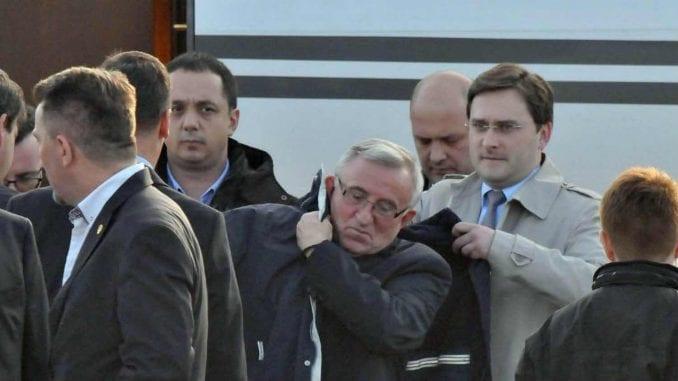 Osuđeni ratni zločinac general Lazarević na čelu zvanične parade 1