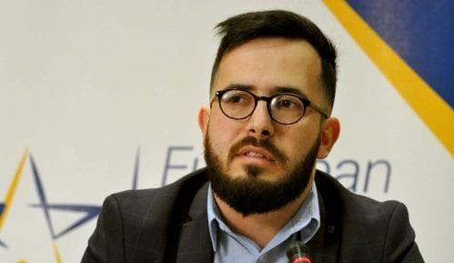 Demokratija i vladavina prava u Srbiji znatno opali od 2012. 10