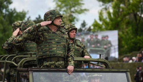 AP o vojnoj paradi u Nišu: Pokazivanje sile usred tenzija s Kosovom 15