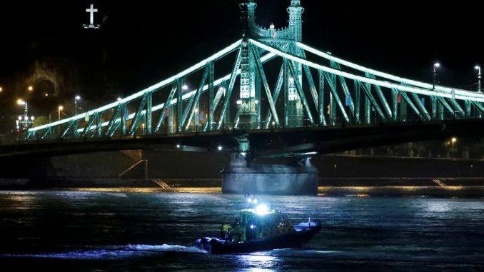 Mađarska: Prevrnuo se brod na Dunavu, sedam mrtvih i 19 nestalih 3