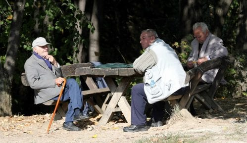 Dnevnik: U Vojvodini na 100 radnika 77 penzionera 6