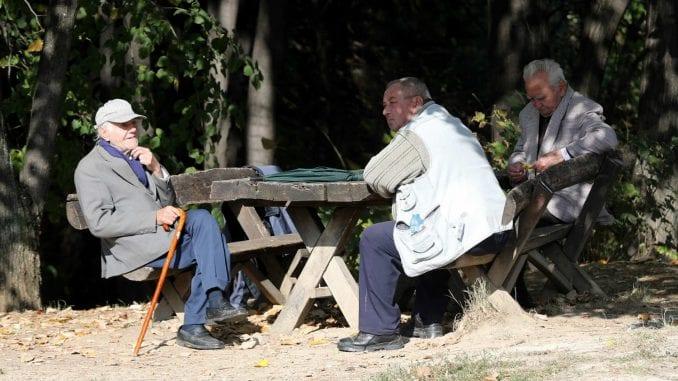 Dnevnik: U Vojvodini na 100 radnika 77 penzionera 4