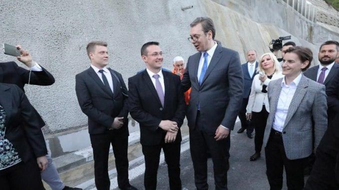 Vučić: Svaki novoizgrađeni put je put ka miru, nema boljeg načina da se ljudi povežu 1