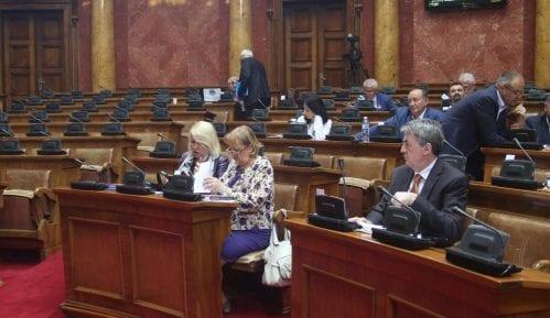 Za Tijanin zakon osim vladajuće većine glasali Vukadinović, Ševarlić, LSV i SRS 6