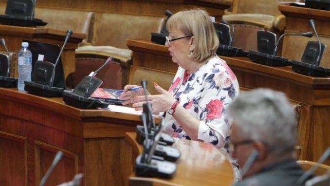 Radeta Arsiću: Ranije ste kritikovali zakone, kada budete glasali za njih stavite gumenu rukavicu 1