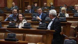Vučić u Skupštini: Srbija nema vlast na Kosovu, prestati sa obmanjivanjem javnosti 12