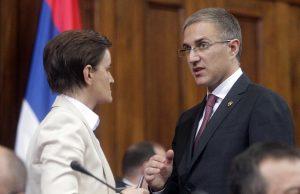 Vučić u Skupštini: Srbija nema vlast na Kosovu, prestati sa obmanjivanjem javnosti 7
