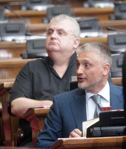 Vučić u Skupštini: Srbija nema vlast na Kosovu, prestati sa obmanjivanjem javnosti 5