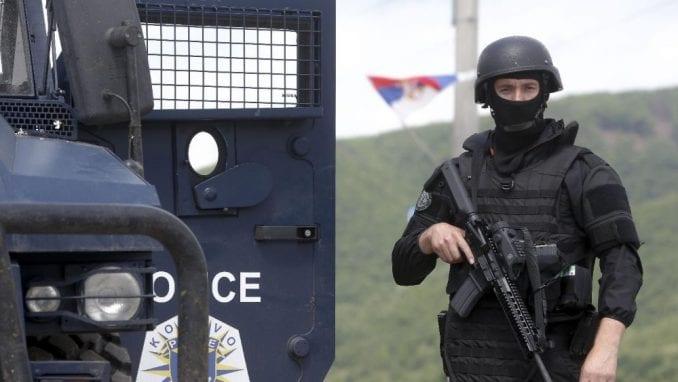 Policija Kosova privela sedam osoba sa dva nenajavljena protesta u Prištini 4