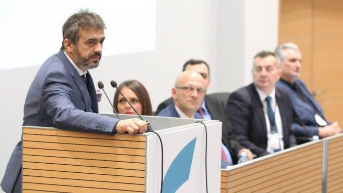 PSG: Noćna Vučićeva poseta čistačima u Beogradu 'kupovina jeftinih političkih poena' 2