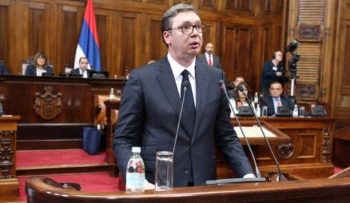 Vučić se obraća javnosti povodom situacije na KiM 11