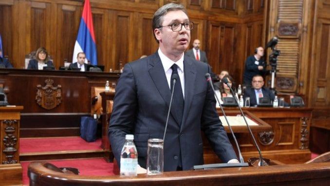 Vučić se obraća javnosti povodom situacije na KiM 3