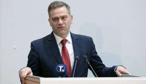 Stefanović: Tragikomičnom ispraćaju se pridružuje deklaracija Vlade 3