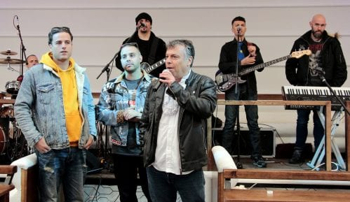 "Nova pesma i spot dr Neleta Karajlića ""Ti to ne razumeš"" (VIDEO) 5"