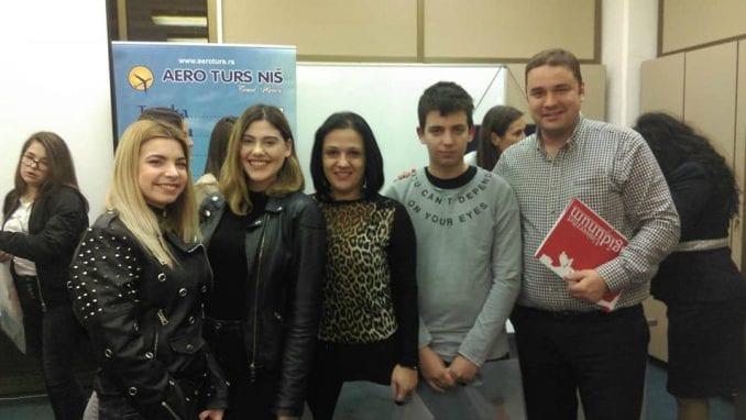 Gimnazijalci iz Pirota osvojili prvo mesto na takmičenju iz turizma 1