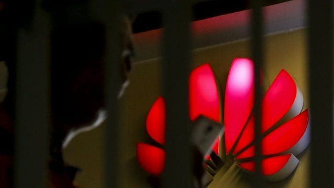 Tramp popušta Huaweiju? 3