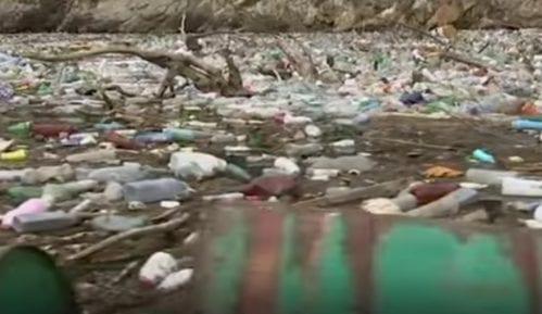 Kako izgleda borba sa ostrvom smeća koje pluta Drinom (VIDEO) 3
