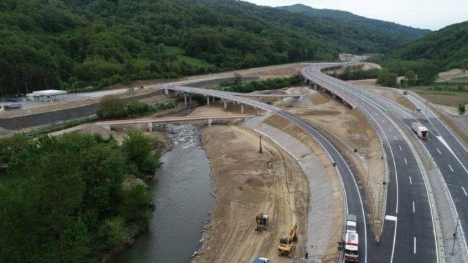 Južne vesti: Deo puta kroz Grdeličku klisuru bez sloja asfalta, druga popravka od otvaranja 2