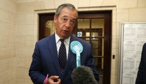 I Faraž pozvao britanski parlament da odbije novi sporazum o Bregzitu 13