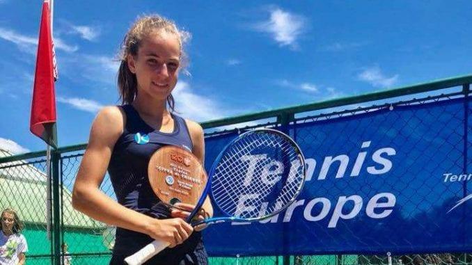 Jovana Grujić prva teniserka Srbije u kategoriji do 14 godina 1