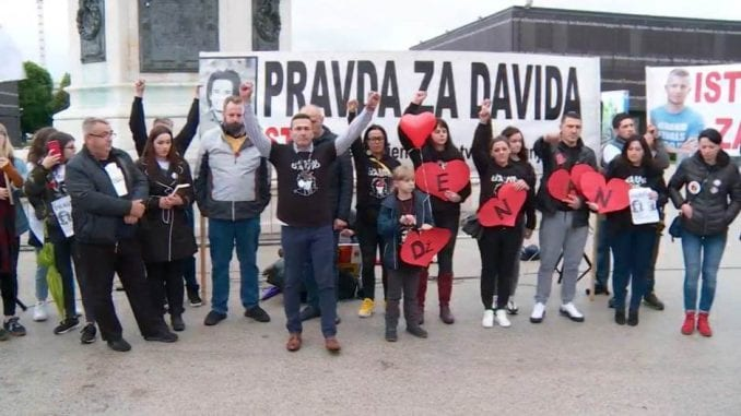 """Protest """"Pravda za Davida i Dženana"""" u Austriji: Državo oproštaja i zaborava nema 4"""