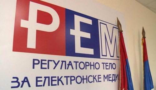 REM pokrenuo postupke protiv Pinka zbog nasilja i erotskog sadržaja 7